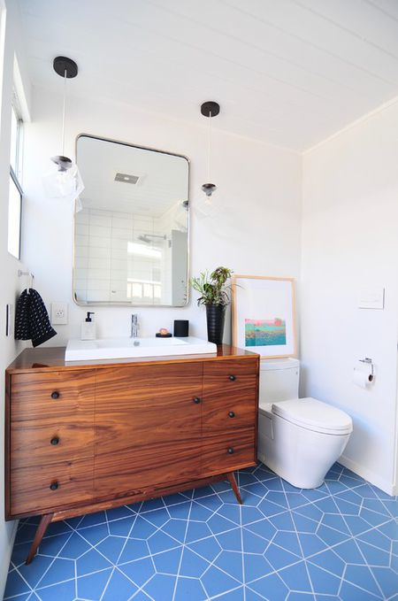 Blue And White Midcentury Bathroom