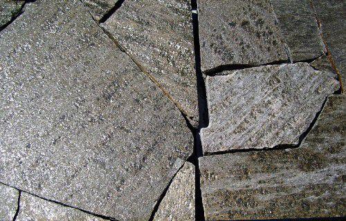 , roca de lava para diseño de patio