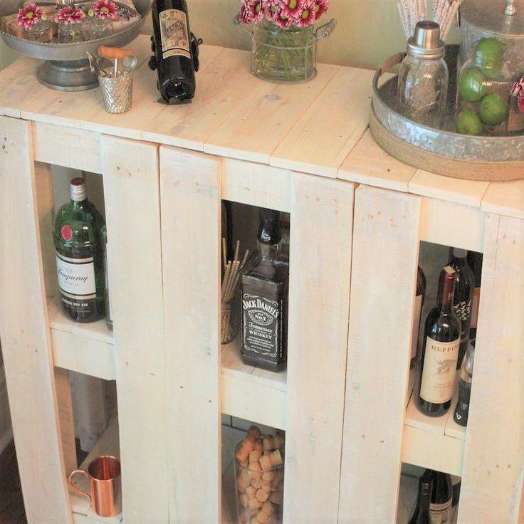 DIY Pallet Wood Bar Cart