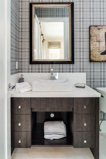 beautiful wallpaper bathroom