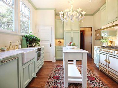 10 Unique Small Kitchen Design Ideas,Benjamin Moore Historical Colors Red