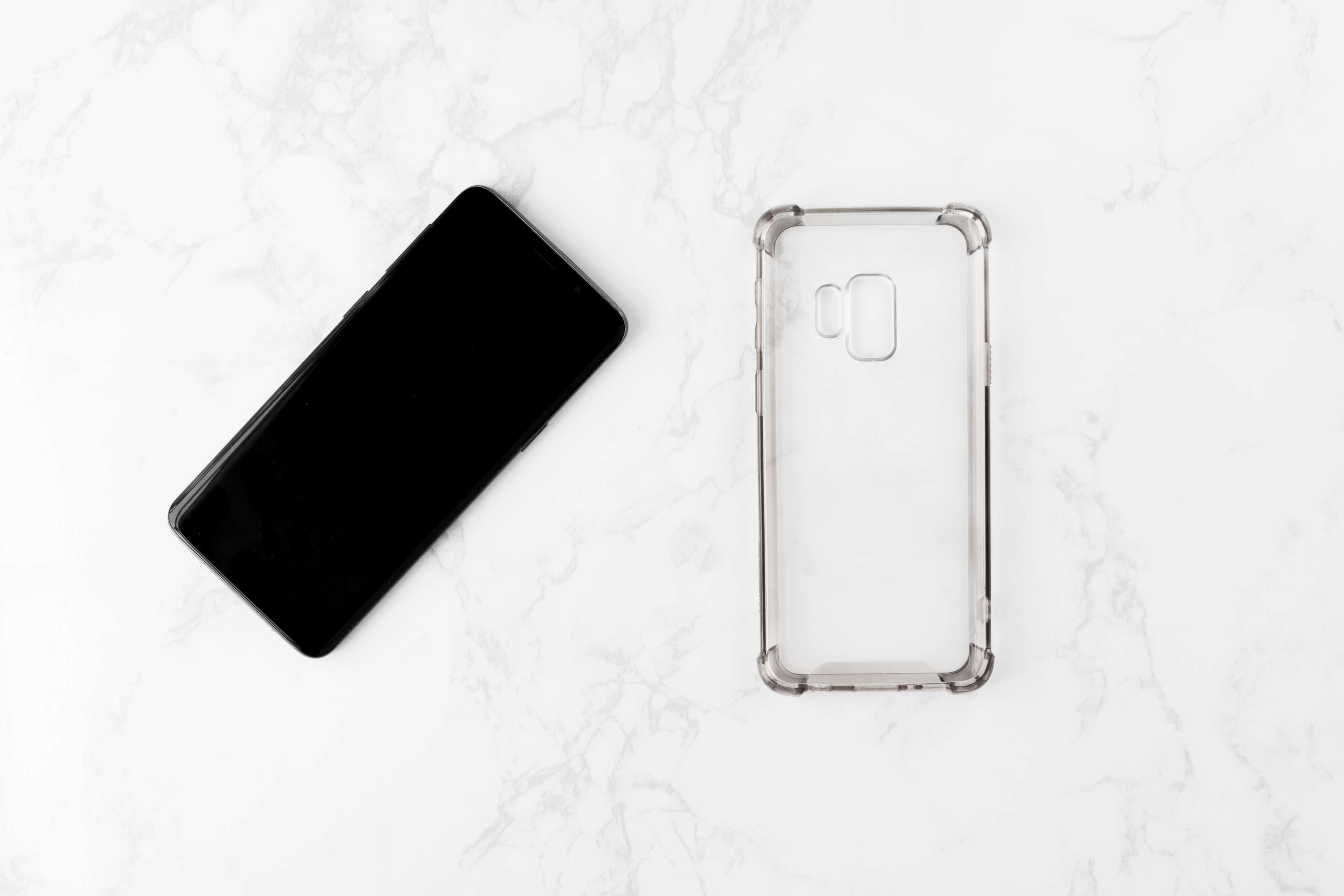 remove the cover prior to cleaning your cell phone