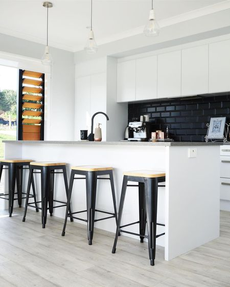 Kitchen Subway Tile | 11 Ways To Beautifully Bring Black Subway Tile Into Your Home