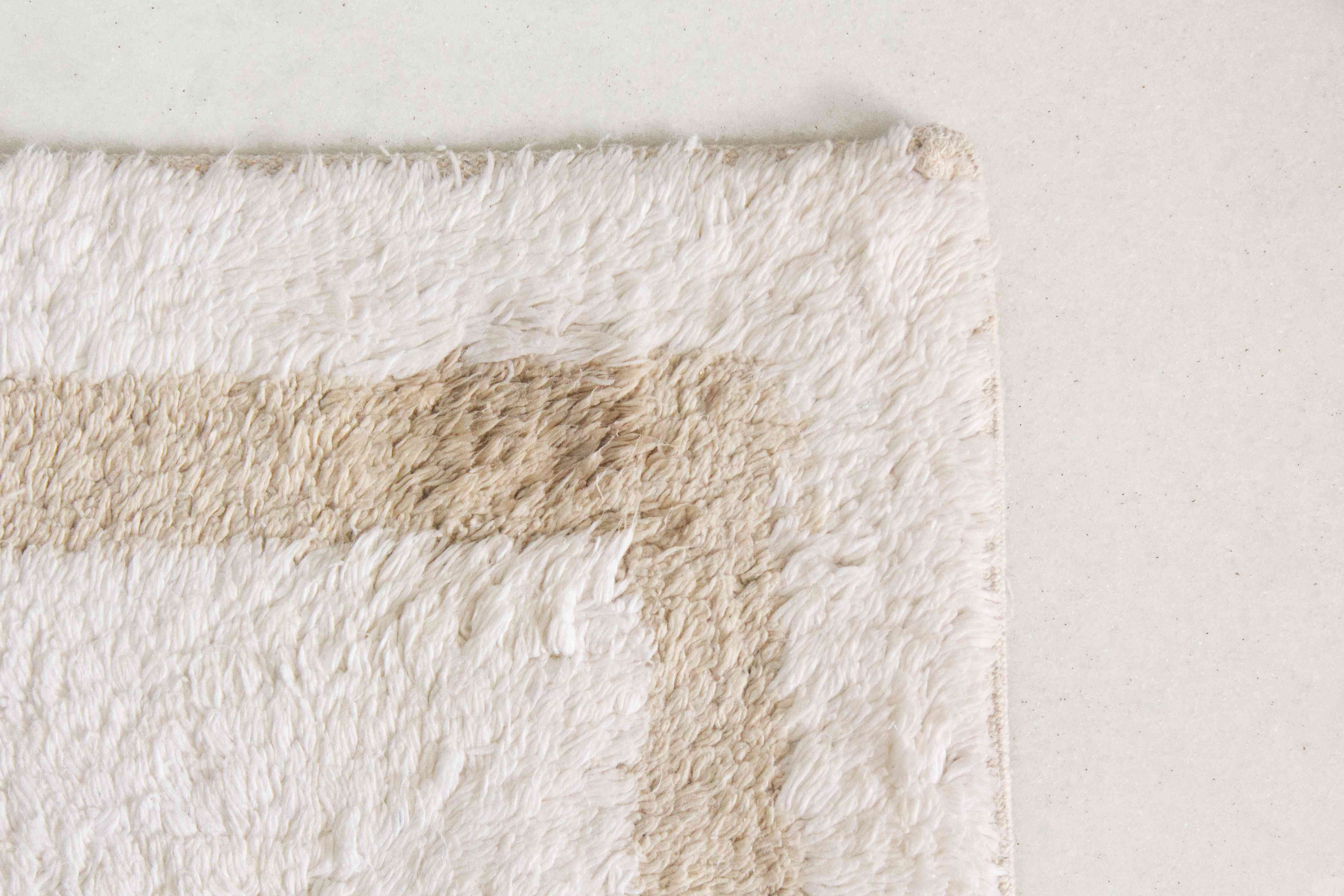 letting the bathroom rug air dry after stain removal
