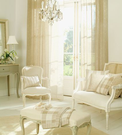 Differences Between Curtains Drapes Shades And Blinds