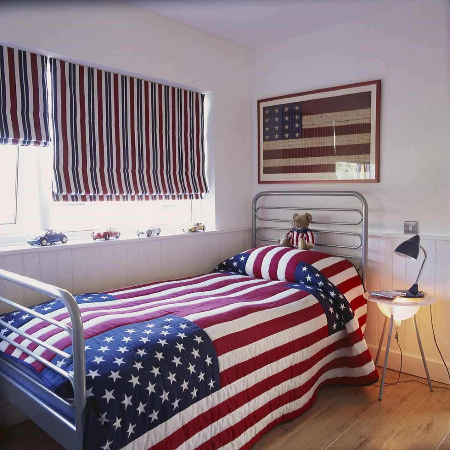 Roman shades in a patriotically-themed boy's room.