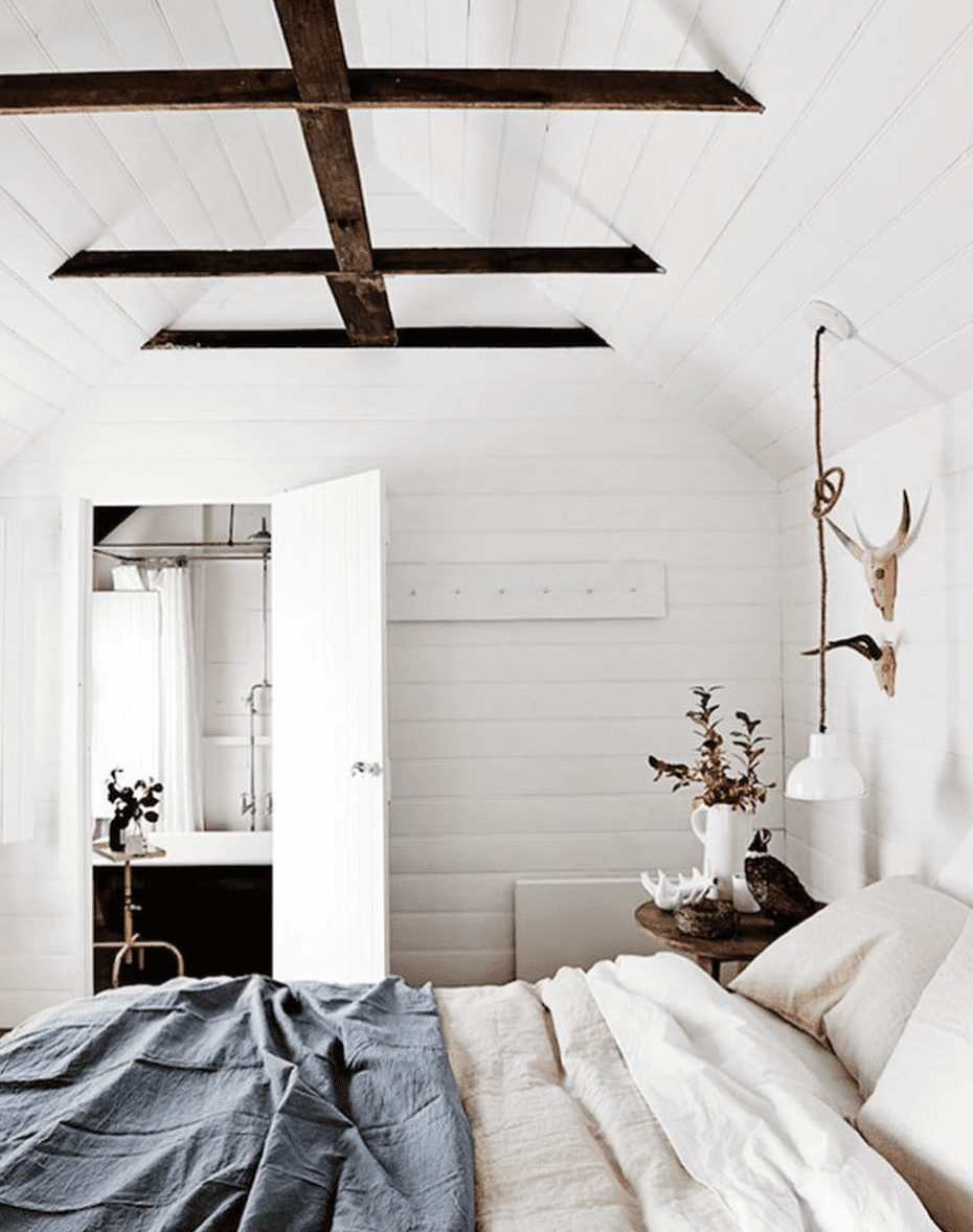 White room with vaulted ceilings