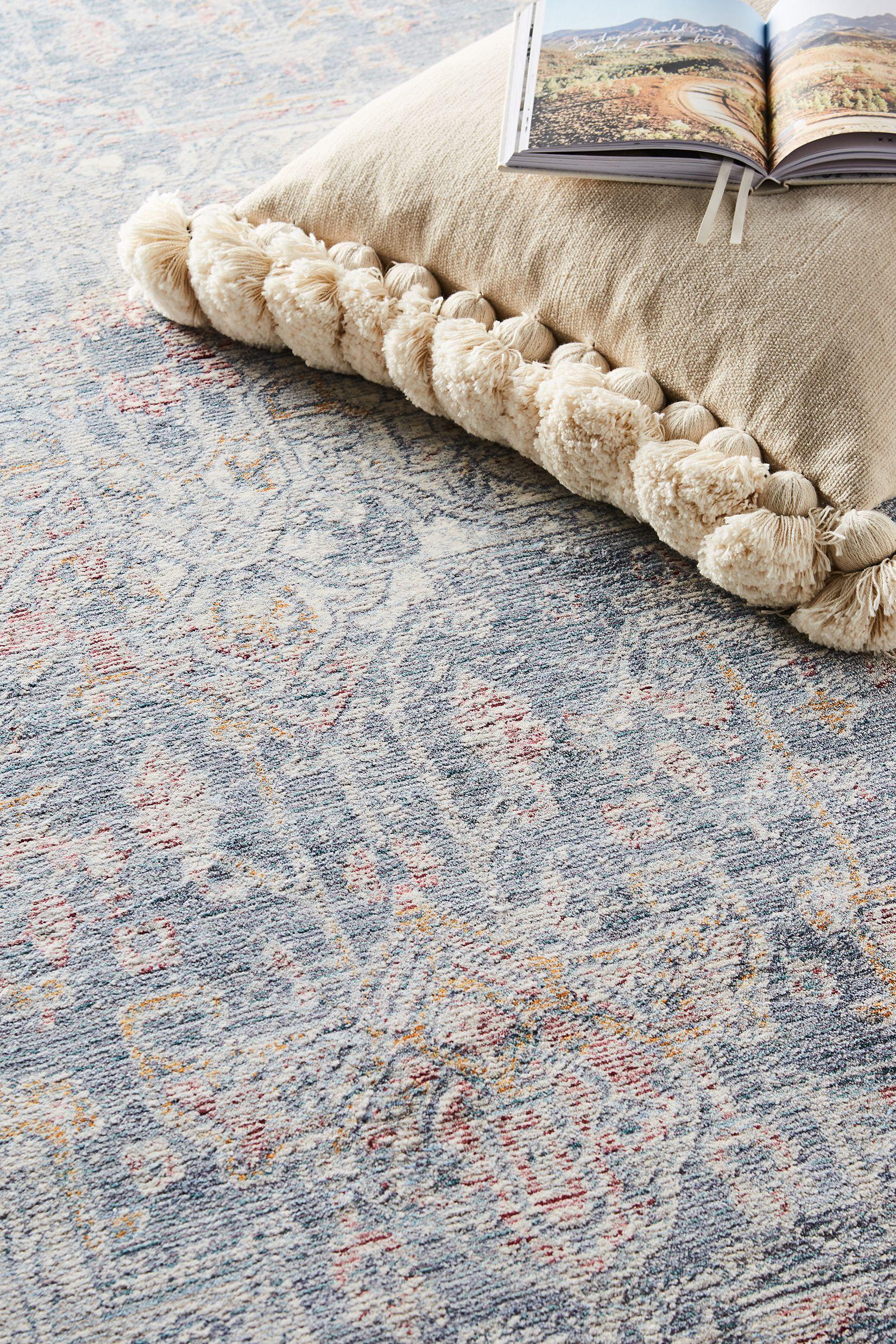 Isabel rug in blue