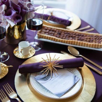 modern purple thanksgiving table