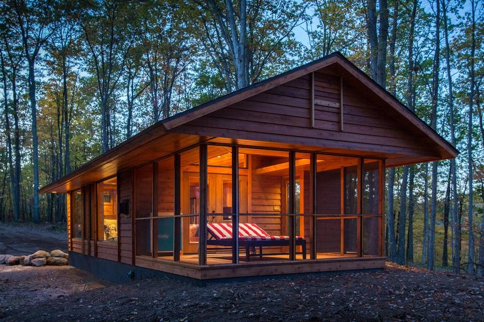18 small cabins you can diy or buy for 300 and up escape traveler cabin solutioingenieria Image collections