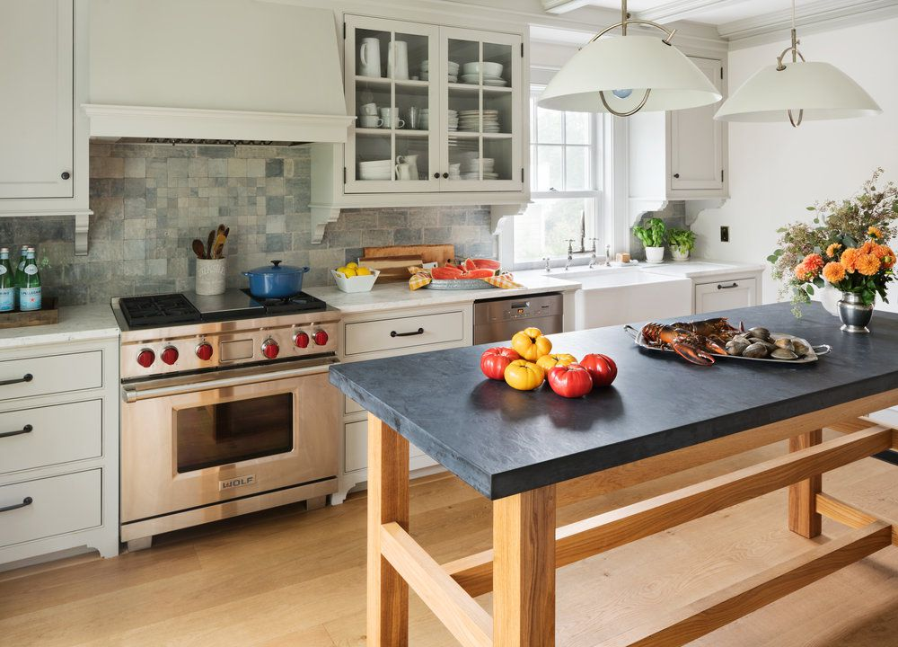 Striking Kitchens With Concrete Countertops