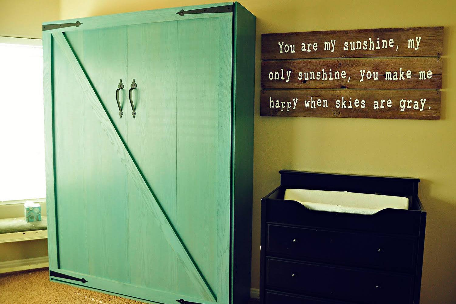 Free up Space With These 12 DIY Murphy Beds