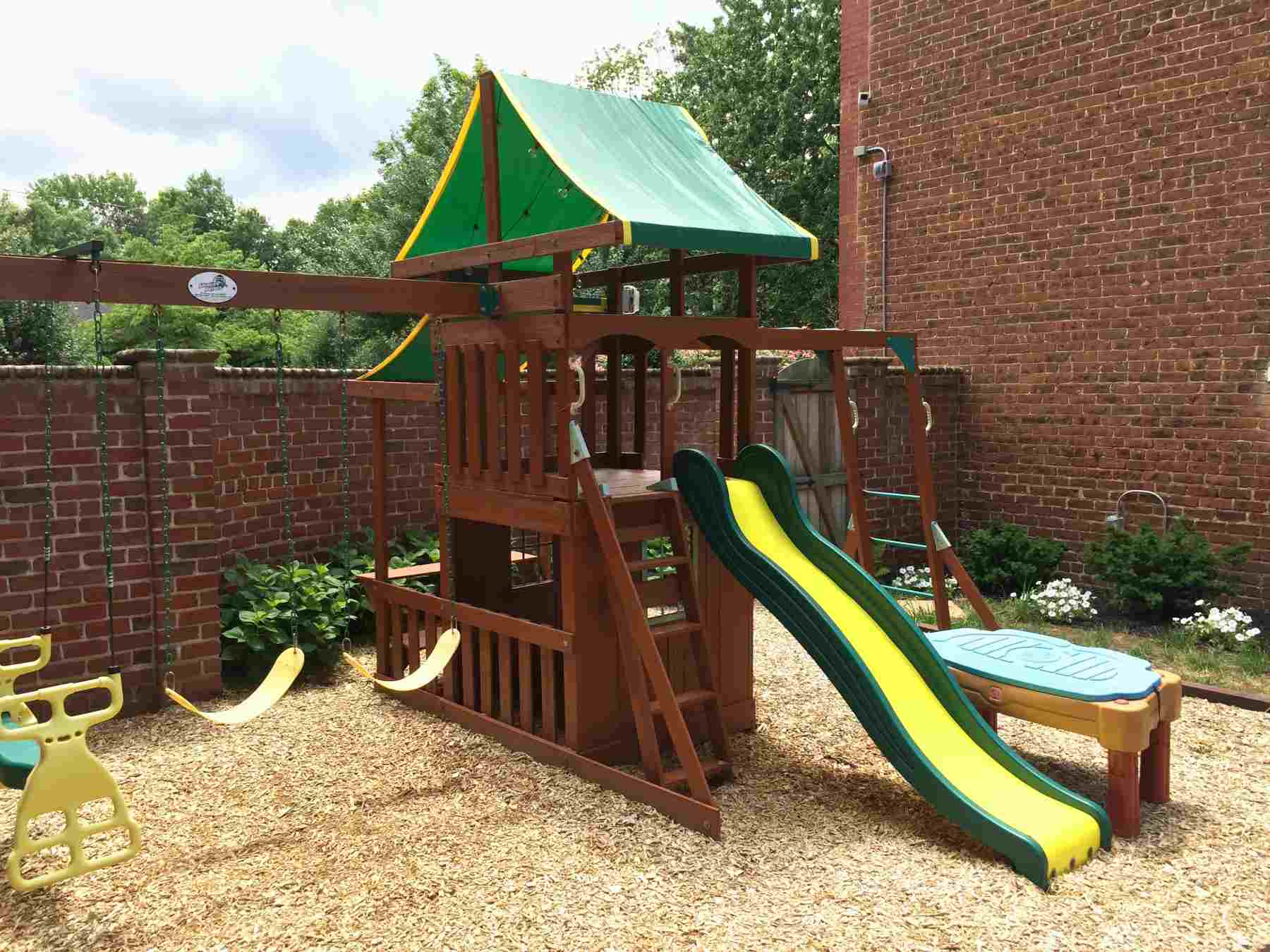 Image of: 15 Fun Backyard Ideas For Kids