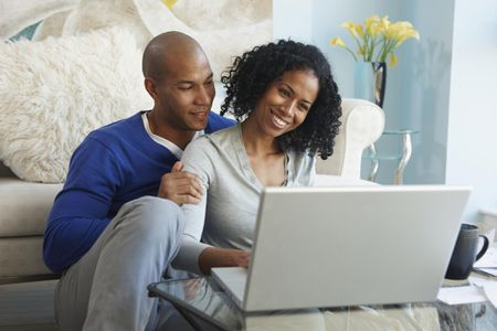 wedding website best web hosts what to include