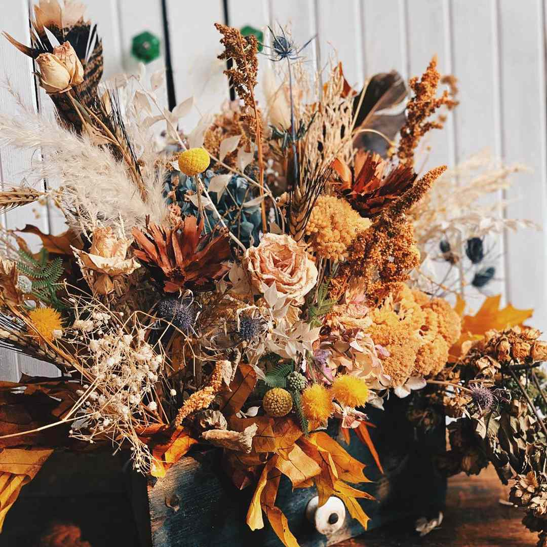 Dried floral display for fall
