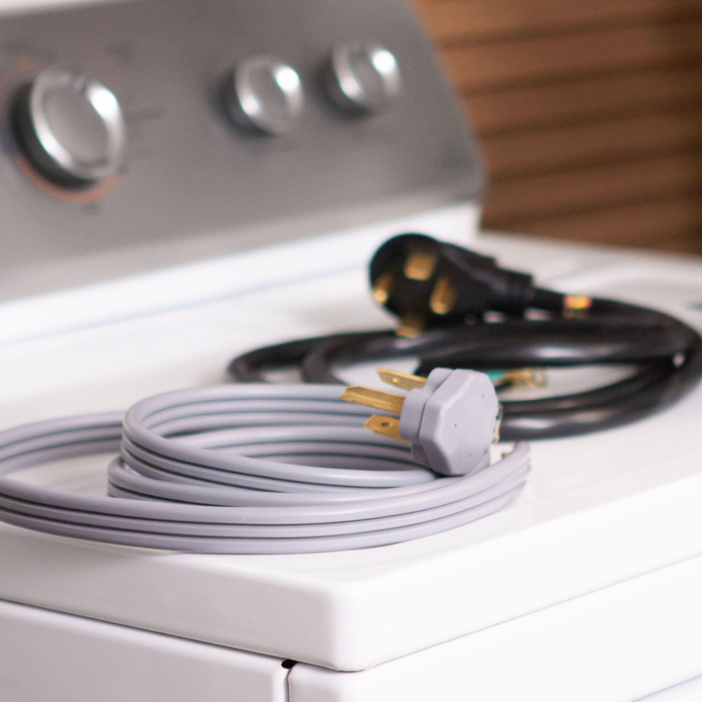 How To Use A 4 Prong Dryer Cord With A 3 Slot Outlet
