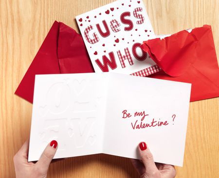 Easy and creative valentines day box ideas woman reading valentine card solutioingenieria Images