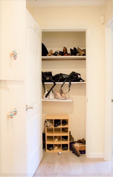 40 Amazing Before And After Closet Makeovers Stunning Small Bedroom Closet