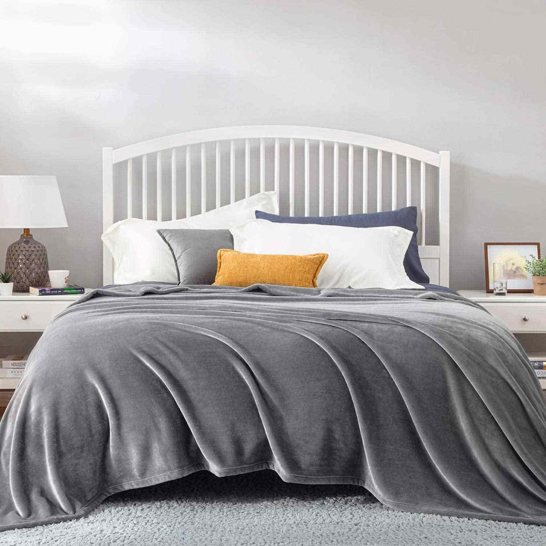 Bedsure Fleece Blanket