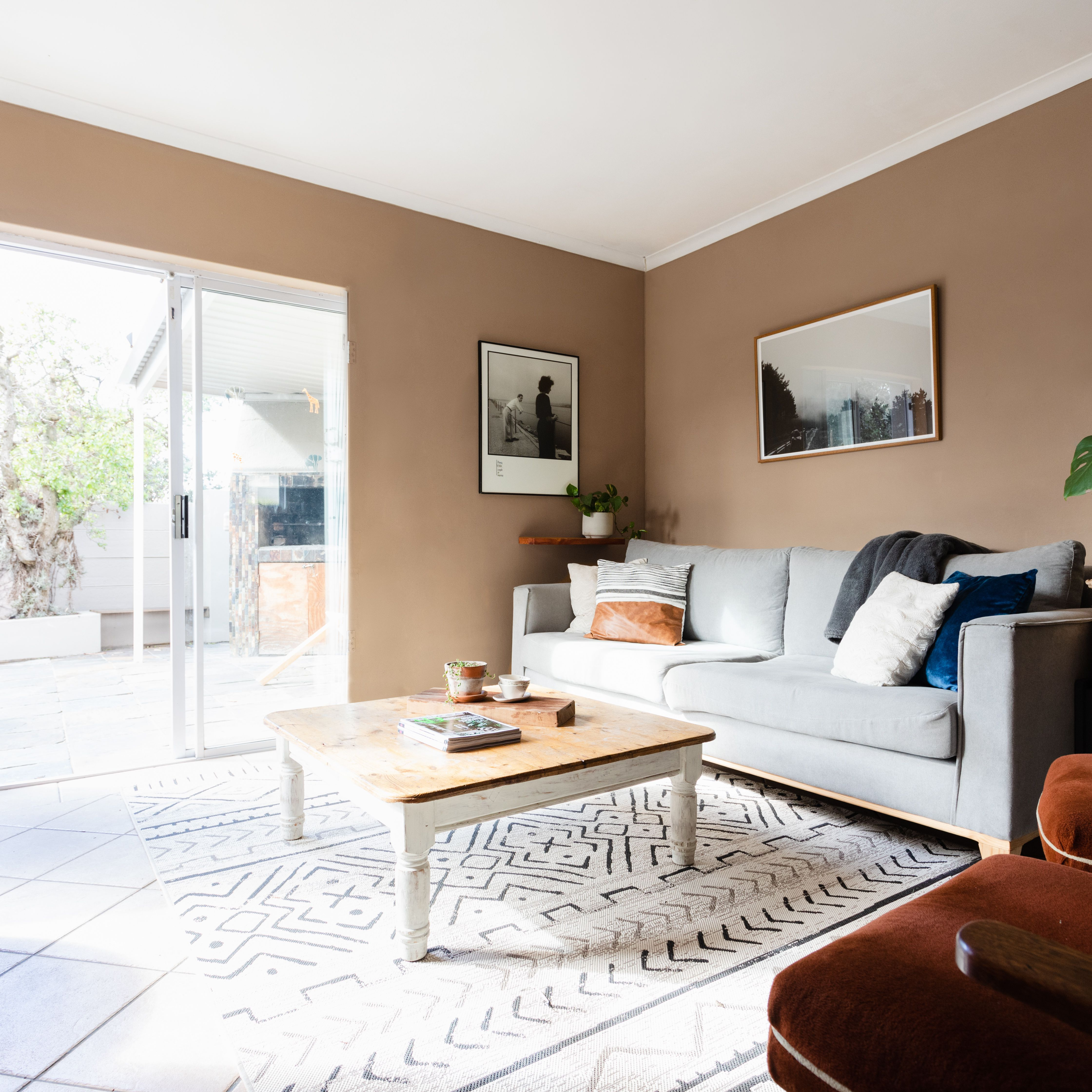 10 Best Taupe Paint Colors, Brown Colors For Living Room