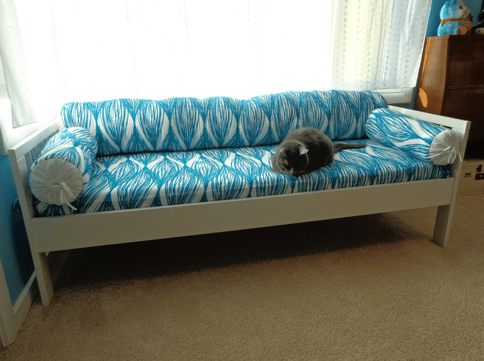 Diy Sofa For Small Spaces