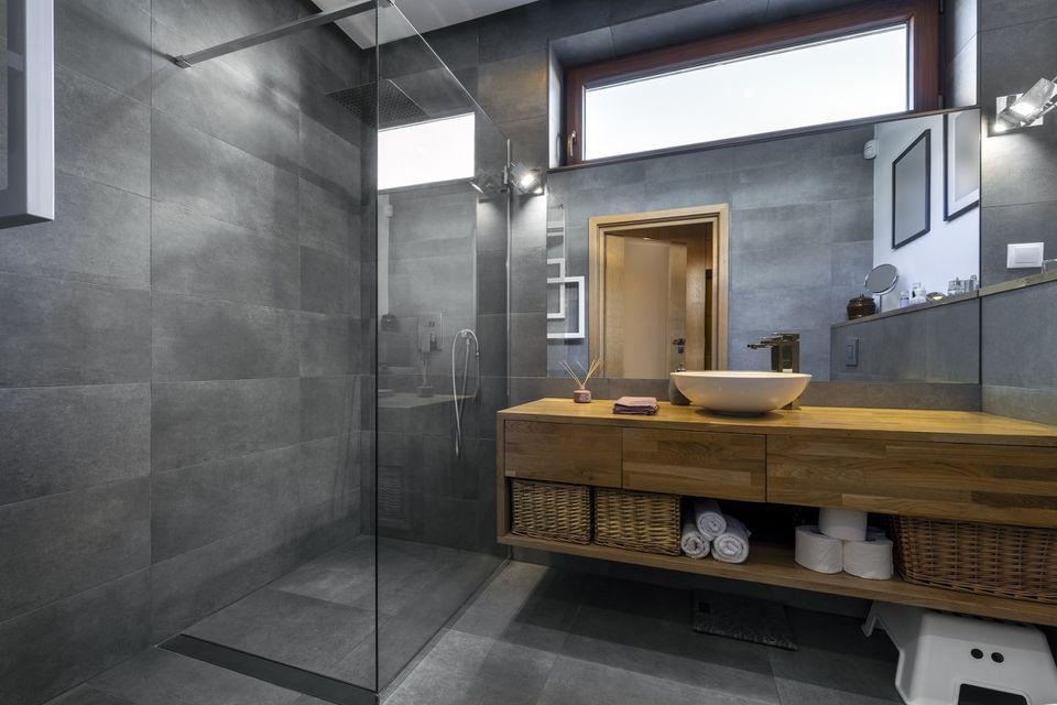 Modern Glass Enclosure Shower
