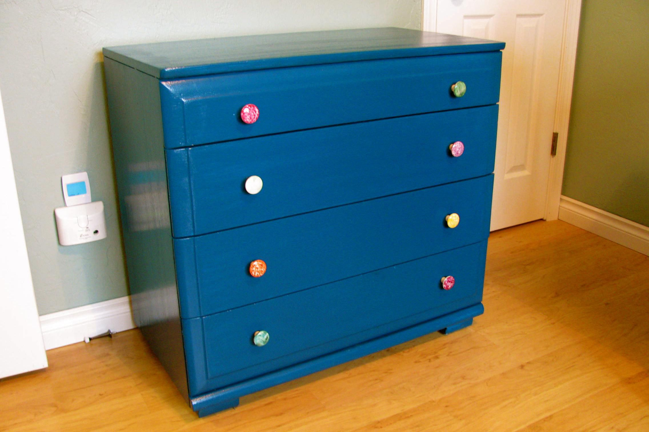ways to refurbish an old dresser