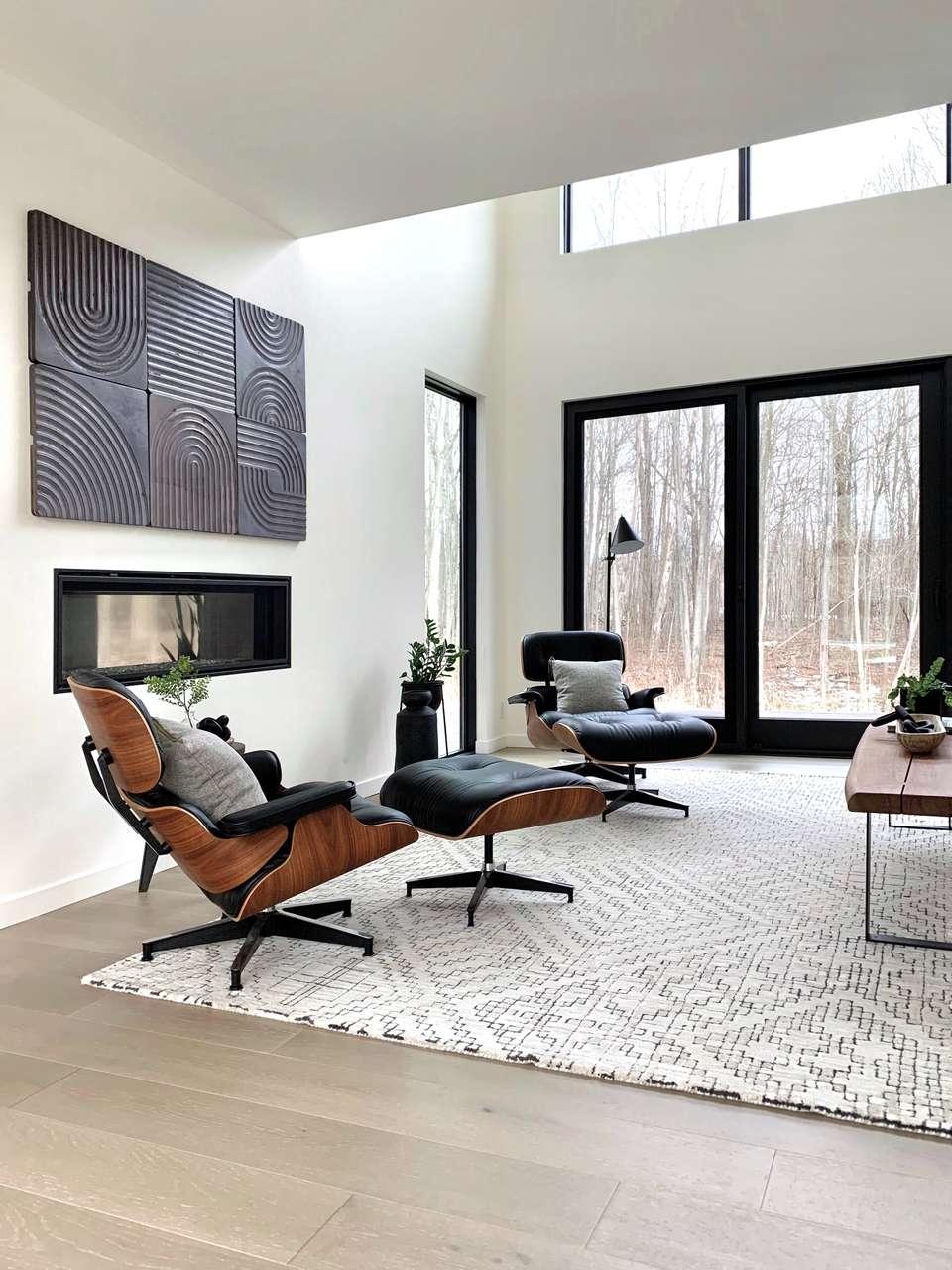 moderna sala de estar con detalles en negro y marrón