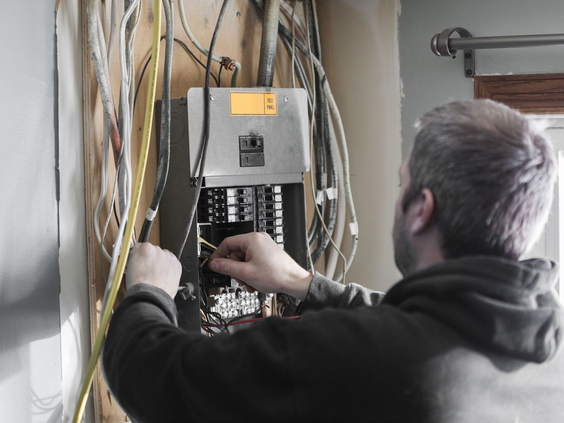 15 amp circuit wiring how to install a ground fault breaker  how to install a ground fault breaker