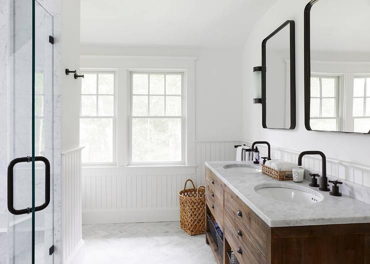 16 modern farmhouse bathrooms - Farmhouse style bathroom mirrors ...