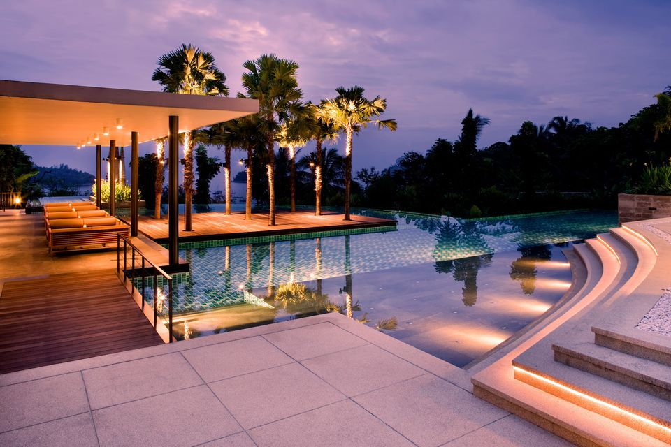 25 beautiful modern swimming pool designs for Pool design course