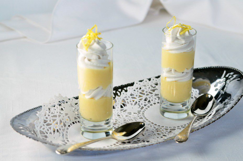 Mini lemon parfaits