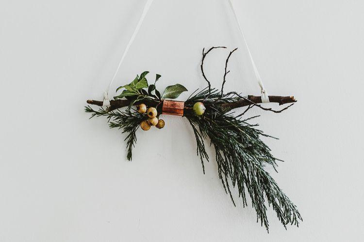 Twig-Wreath-Ribbon