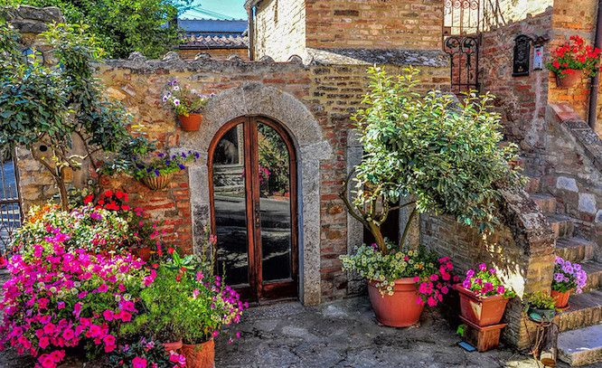 What Is Tuscan Landscaping