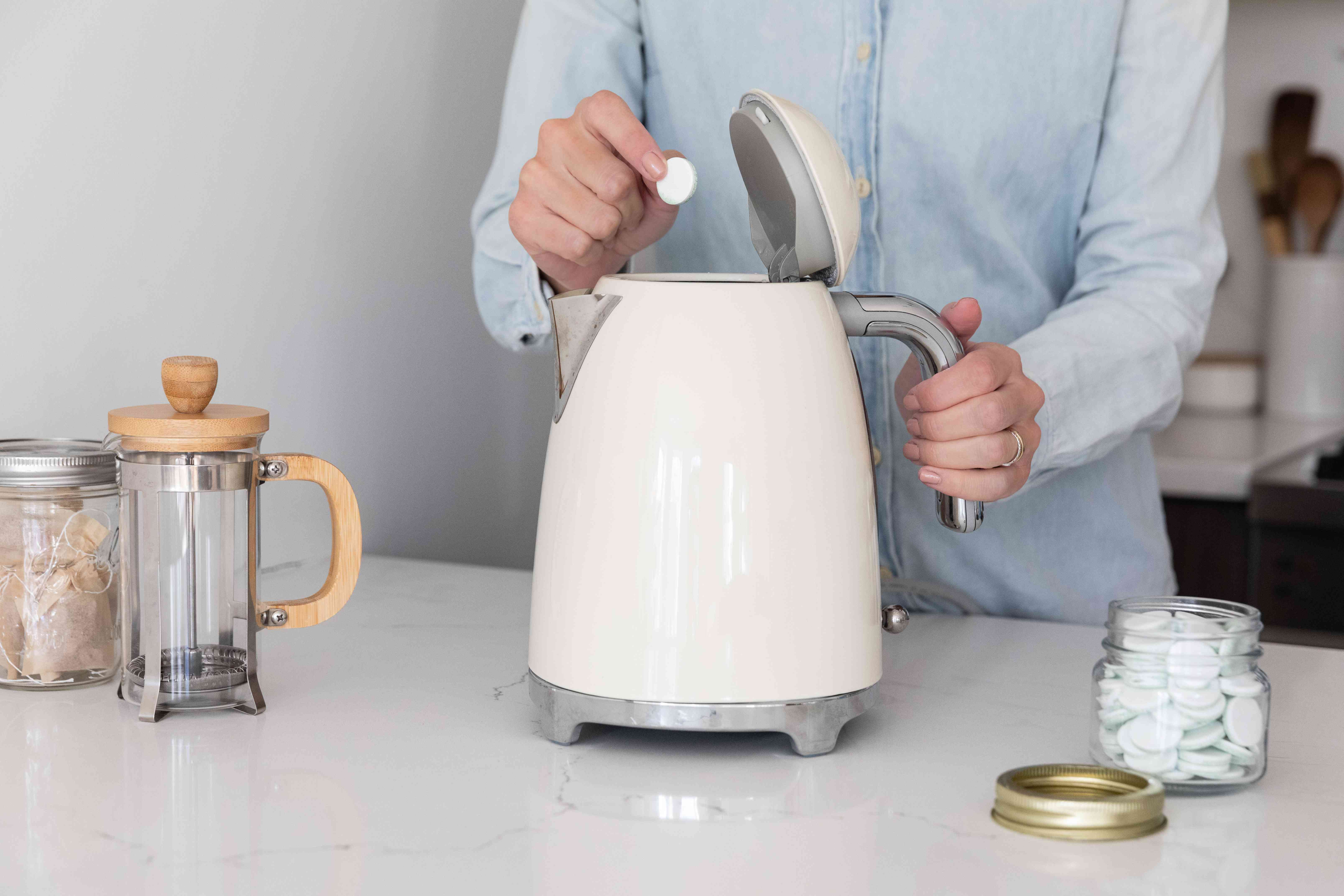 removing mineral deposits from a water kettle
