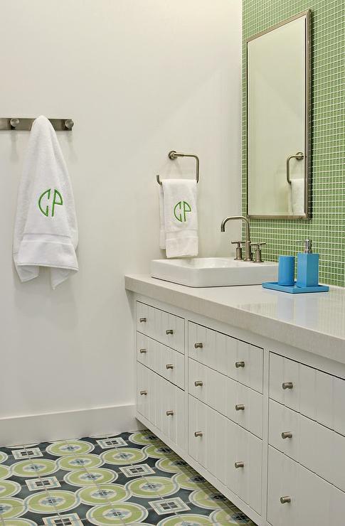 12 Ideas For Gorgeous Green Bathrooms - Avocado-green-bathroom-tile