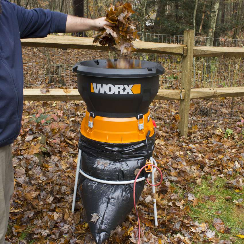 WORX 13-Amp Electric Leaf Mulcher