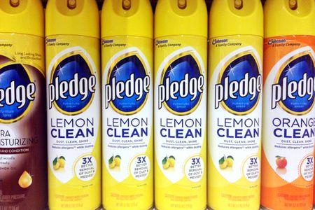 Lemon Pledge Wax Furniture Polish Spray