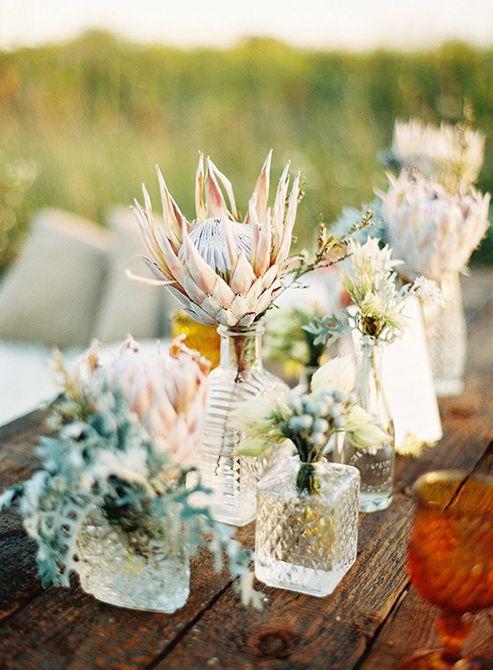 Centro de mesa de boda de florero Bud