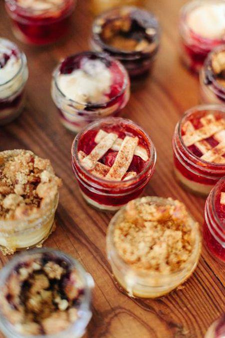 10 Delicious Wedding Dessert Bars