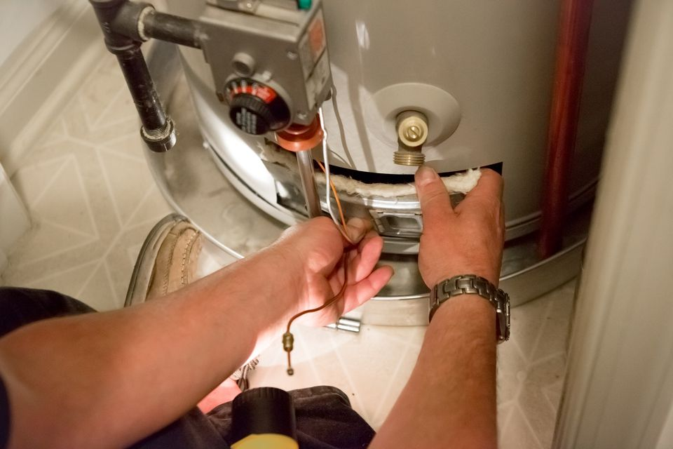 Construction: Fixing a hot water heater