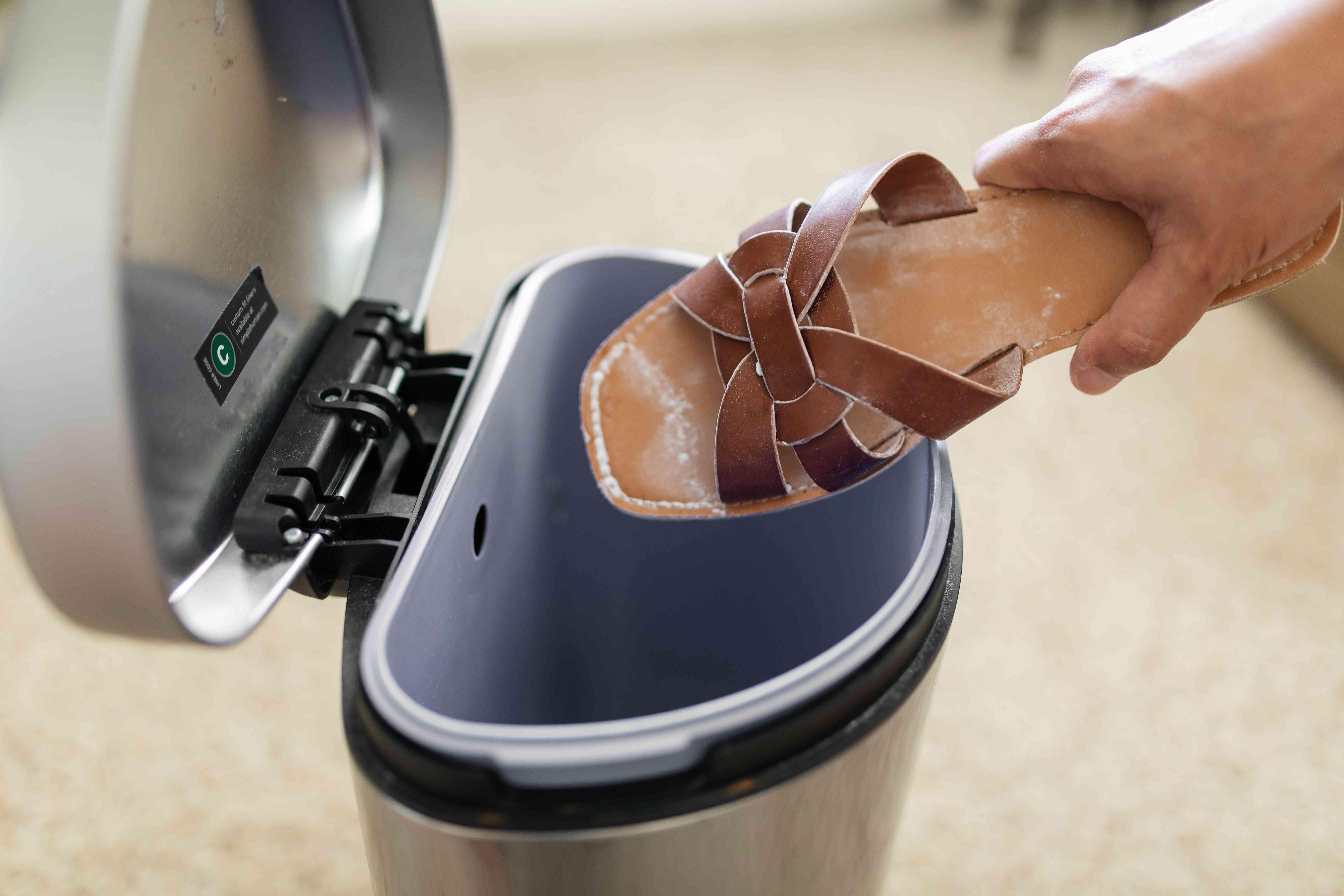 discarding excess baking soda
