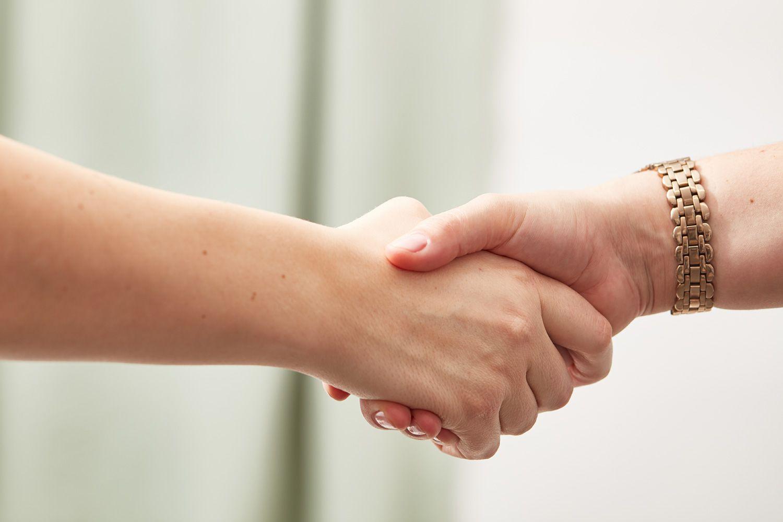 Handshake business etiquette