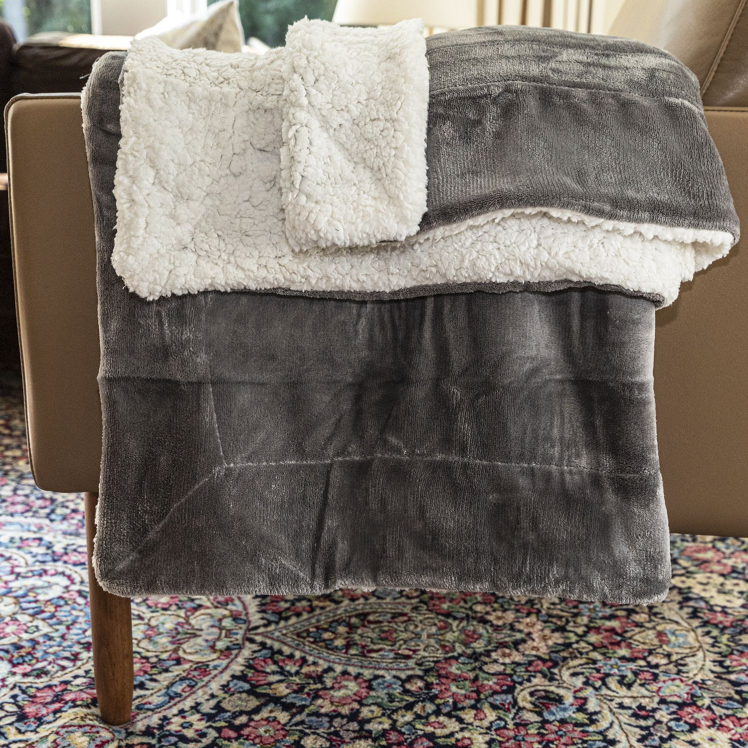 Bedsure Sherpa Fleece Blanket Review Ultra Soft And Budget Friendly