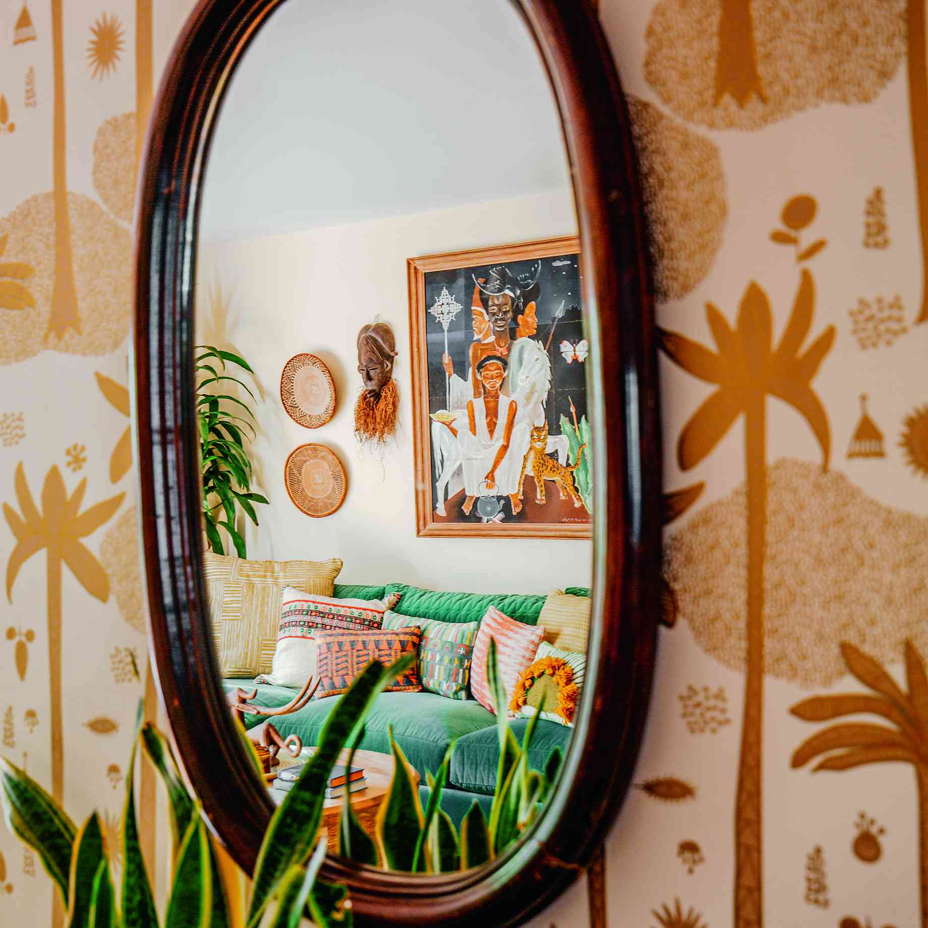 Removable wall paper from Justina Blakeney's Jungalow