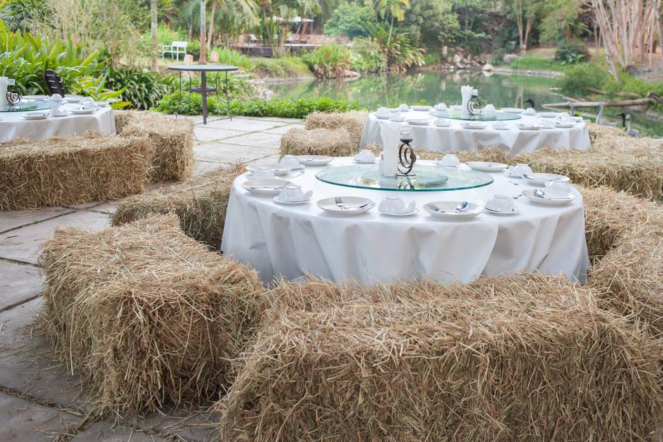 Haybale seats at wedding