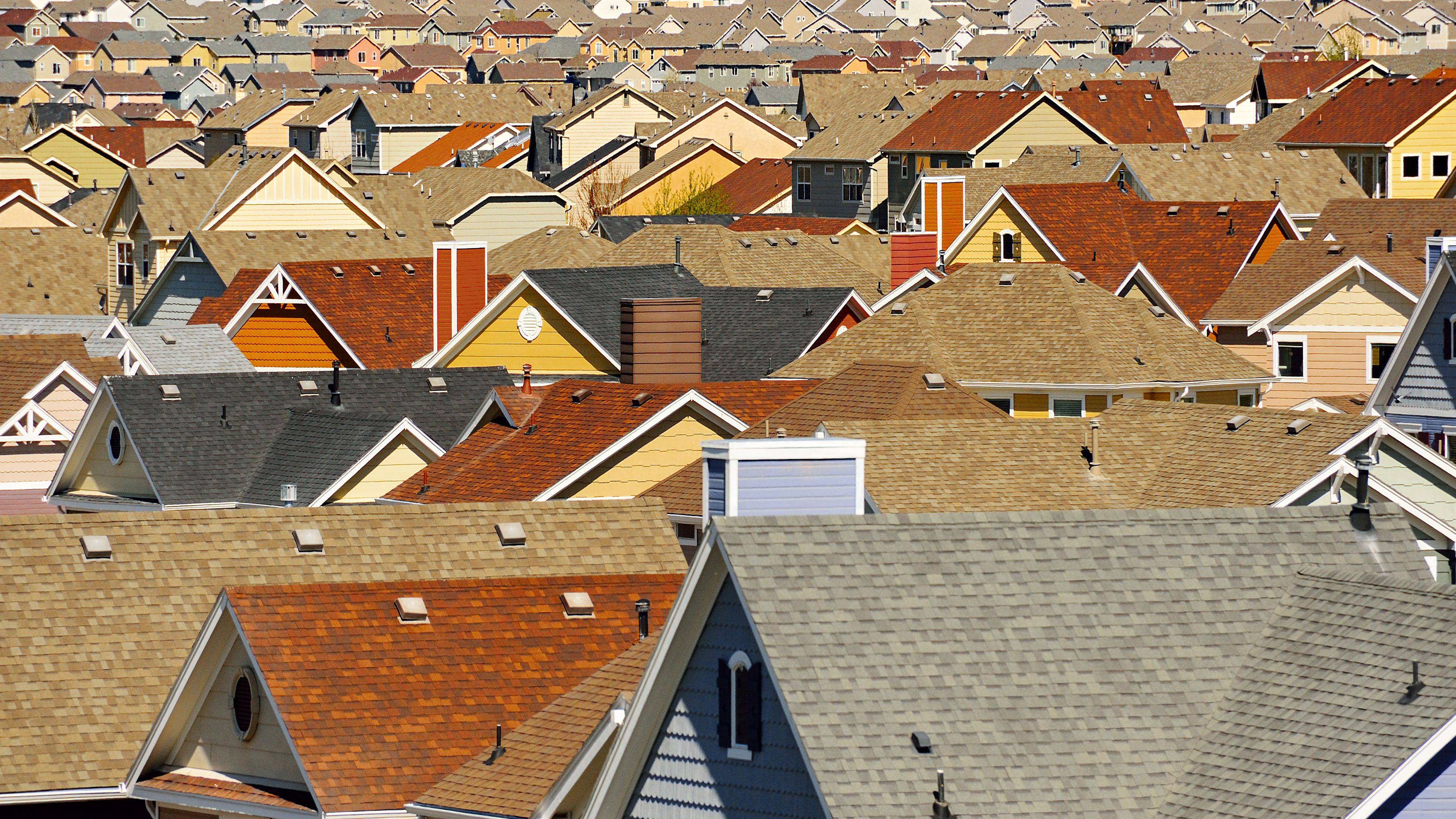 How Roof Pitch Affects Your Choice of Roofing Materials