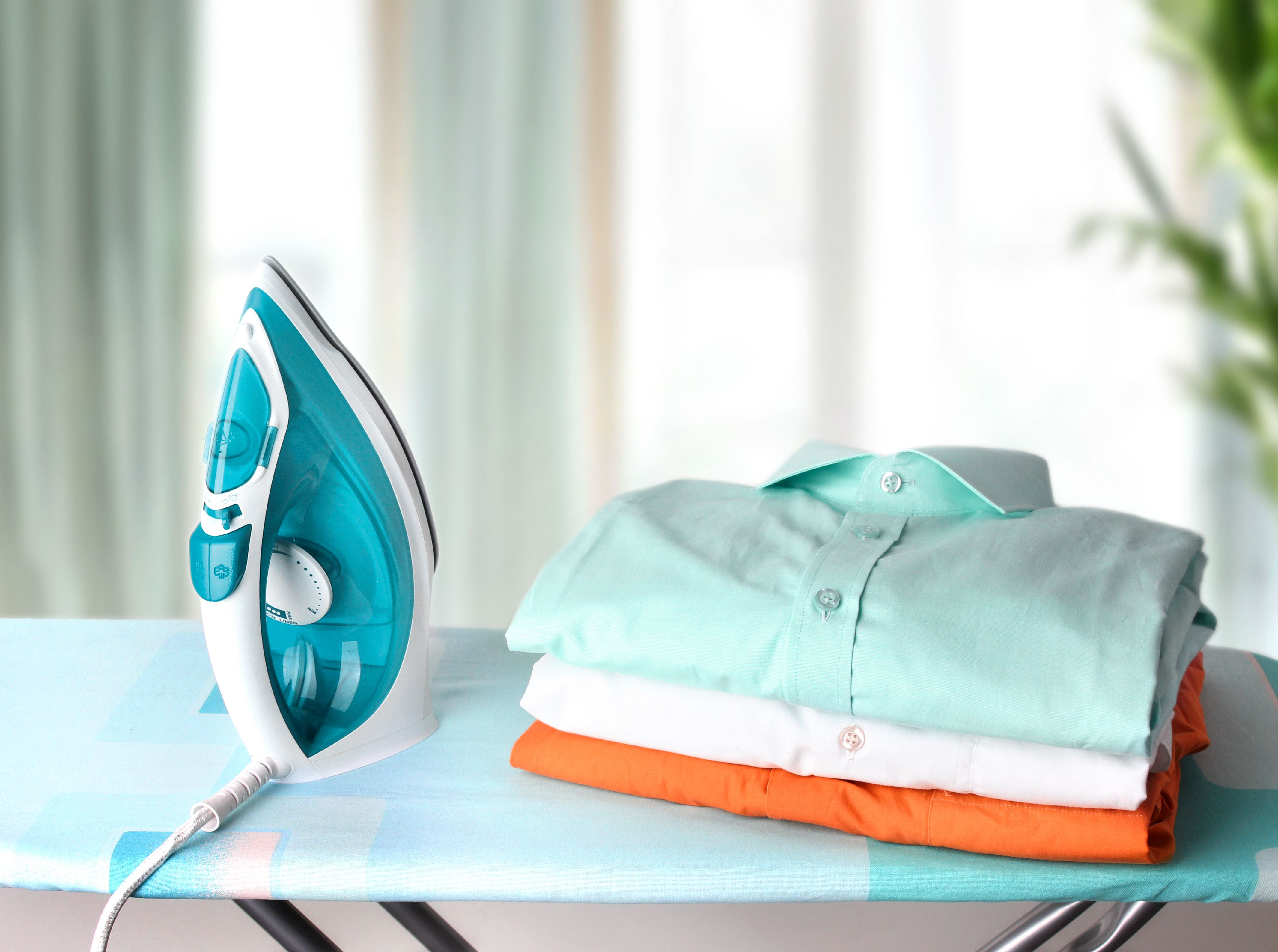 How To Shop For The Best Clothes Iron