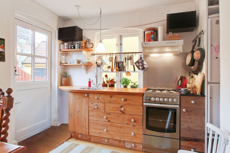 8 Space Making Hacks For Small Kitchens