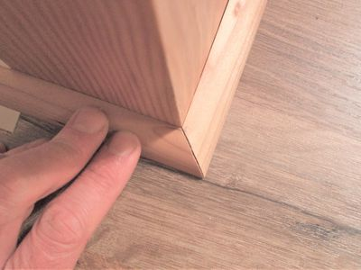 The Difference Between Wood and MDF Baseboards